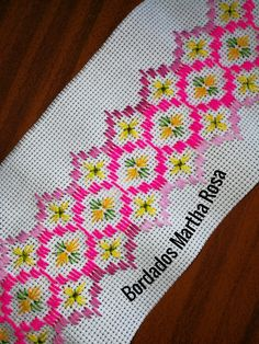 Martha Alvarado Agüero's media content and analytics Hand Embroidery Flowers, Hand Embroidery Designs, Ribbon Embroidery, Cross Stitch Borders, Cross Stitch Designs, Cross Stitch Patterns, Knot Blanket, Blanket Stitch, Hardanger Embroidery