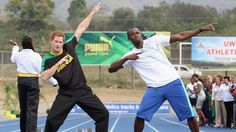 Prince Harry poses with Usain Bolt at the Usain Bolt Track in Kingston, Jamaica. Prince Harry was in Jamaica as part of a Diamond Jubilee Tour representing his grandmother Queen Elizabeth II. (Photo by Chris Jackson/Getty Images) Prince Harry Photos, Prince William And Harry, Prince Harry And Meghan, Prince Charles, Prince Henry, Prince Phillip, Usain Bolt Pictures, Prinz Harry, Star Wars