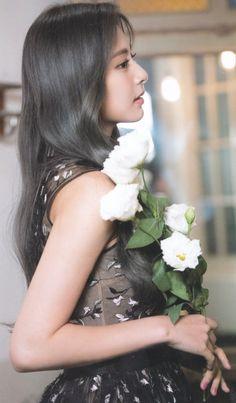 tzuyu twice beautiful & tzuyu twice Nayeon, Cool Girl, My Girl, Chou Tzu Yu, Tzuyu Twice, Brave Girl, Fandom, Korean Girl Groups, Kpop Girls