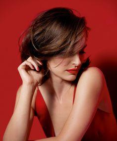 More Dior   Natalie Portman . com