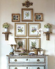Art & Objects wall arrangement with chest. Foyer or anywhere. by Charlotte Moss Art & Objects wall arrangement with chest. Foyer or anywhere. by Charlotte Moss (Visited 5 times, 1 visits today) Vignette Design, Picture Arrangements, Floral Arrangement, Wall Groupings, Deco Originale, World Of Interiors, Home And Deco, Vignettes, Home Projects