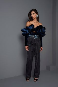 View the complete Fall 2017 collection from Johanna Ortiz.