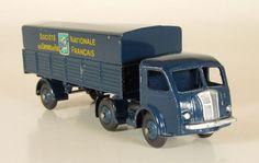"Dinky Toys - Schaal 1/43 - Panhard Semi-Remorque ""SNCF"" No.32AB"