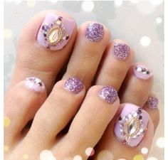 Purple and sparkly Jeweled toe nail art design idea Pedicure Designs, Pedicure Nail Art, Toe Nail Designs, Pretty Toe Nails, Cute Toe Nails, Cat Nail Art, Feet Nails, Toenails, Nailart