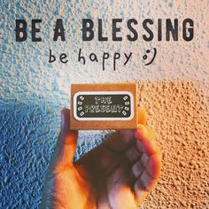 Today will never come again. Be a family. Be a friend. Be a blessing. Be happy. 😊 . . #thepresent #blessings #happy #today #family #friends #minimalist #goodvibes #happyvibes #notetoself #quote #matchbox #matchboxart #matchboxcard #papercraft #paperart #paper #handmade #handmadecard #handmadeisbetter #madeinsg #craftsharecircle #handmadehq #makersmovement #etsy #canyi