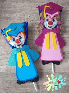 Fun Crafts, Diy And Crafts, Crafts For Kids, Holiday Parties, Holiday Decor, Ideas Para Fiestas, Holidays And Events, Party Gifts, Cupcake Toppers