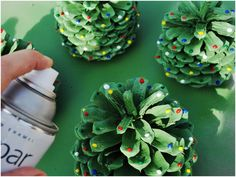 DIY: Pinecone Trees Holiday DIY: Pinecone Trees spray painted like Christmas Trees.Holiday DIY: Pinecone Trees spray painted like Christmas Trees. Christmas Crafts For Gifts, Christmas Projects, All Things Christmas, Winter Christmas, Craft Gifts, Christmas Holidays, Christmas Decorations, Christmas Ornaments, Pine Cone Crafts