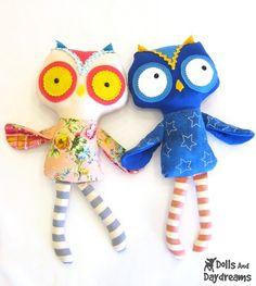 owl stuffie pattern - cute! Love the stripey legs. Super cute!!