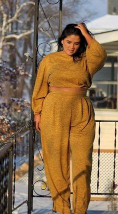 Plus size photos, plus size fashion and plus size tips Plus Size Tips, Plus Size Looks, Curvy Plus Size, Belk Plus Size, Moda Plus Size, Fat Fashion, Curvy Women Fashion, Fashion Tips, Fashion Websites