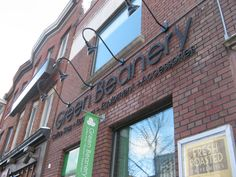 The Green Beanery: The Annex. The peak of coffee snobbery. Worth it Annex, Coffee Shops, Ontario, Toronto, Broadway Shows, Eat, Green, Image, Coffee Shop