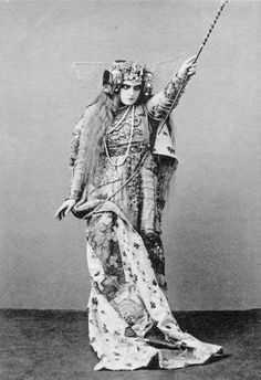 Maria Germanova photographed in 1908 for Maurice Maeterlinck's play The Blue Bird.