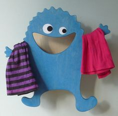 Colorful Hugo Hanger To Keep Kids' Clothes In Order   Kidsomania