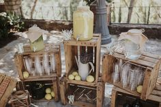 stand de limonadas by @pilarmartinezeventos #limonada #wedding #lemonade #bodaboho #decoracionbodas #rusticwedding #vintagewedding