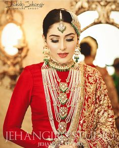 Bridal Jewelry Don't Just Wear It For The Wedding Pakistani Bridal Jewelry, Pakistani Wedding Dresses, Indian Wedding Outfits, Pakistani Outfits, Bridal Lehenga, Indian Bridal, Indian Dresses, Bridal Dresses, Bridal Looks