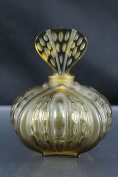 LALIQUE FRANCE UNUSUAL EMPTY OLIVE FROSTED PERFUME BOTTLE MINT NR
