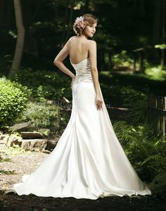 Long Beige Sleeveless Pleated Satin Sweetheart Wedding Dress picture 2