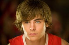 """Zac Efron, more commonly known as Troy Bolton, was . at his best in the His big time movie """" High school"""" was a huge hit and he had every girl screaming his name where ever he went. Although that seems to be the case now too as he still acts in movies. Troy Bolton, Disney Channel Original, Disney Channel Stars, Original Movie, Zac Efron 17 Again, Zac Efron High School, Zec Efron, Zac Efron Hair, Hight School Musical"""