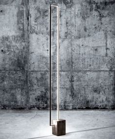 フロアライト MIRÉ LT by CINIER Radiateurs Contemporains デザイン: Michel Cinier