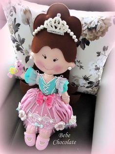 felt pillow, felt princess and felt pumking carriage... Keçe balkabağı araba takı yastığı Arslan ebebek için ve de 3 yaşındaki bir kız için prenses takı yastığı