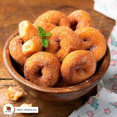 One of the most traditional #Easter sweets and therefore, of the whole month of April, is #rosquillas. 😋 #Spain #Food #SpainWillWait #SpainGastro  Do you want to do them at home?  👇