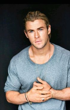 Chris Hemsworth <3 this guy...those eyes and everything else that comes with him :)