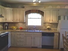 My $17.00 kitchen makeover - Kitchen Designs - Decorating Ideas - HGTV Rate My Space. I love the cornice