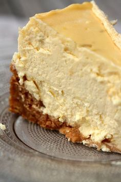 THE cheese-cake qui me satisfait totalement ! Ça y est ! French Cheesecake, Pumpkin Cheesecake Recipes, Cheesecake Cake, Cheesecake Bites, Sour Cream Pound Cake, Kolaci I Torte, Lemon Desserts, Pumpkin Dessert, Food Cakes