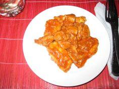 Reteta culinara Gulas de pui cu galusti de cartofi din Carte de bucate, Mancaruri cu carne. Specific Romania. Cum sa faci Gulas de pui cu galusti de cartofi