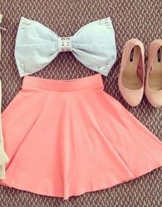 Bandeau, skirt and heels.