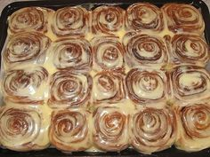 Cinnabon, Ice Tray, Punch Bowls, Sweets, Baking, Breakfast, Food, Morning Coffee, Goodies