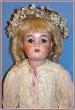 Beautiful Kammer * Reinhardt Simon & Halbig German Bisque Doll