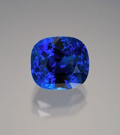 A solid foundation for a crown-jewels collection can be laid with this natural, unheated Sri Lankan blue sapphire. It measures 10.48 x 9.56 x 7.3 mm. and weighs 7.13 carats. (Photo: Wimon Manorotkul)