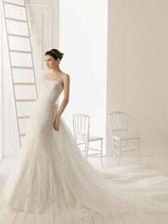 Sirène train sans bretelles cathédrale de mariage robe en dentelle tulle