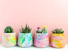 Style Memphis design small planter for succulent or cactus - modern abstract geometric - choose your color - color block Concrete Planters, Diy Planters, Ceramic Planters, Succulent Planters, Garden Planters, Succulents Garden, Painted Plant Pots, Painted Flower Pots, Pot Plante