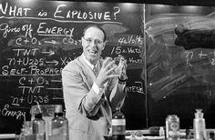 The Science Teacher You Wish You Had | LIFE.com