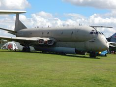 Hawker Siddeley Nimrod MR 2 XV255 Us Air Force, Royal Air Force, Military Jets, Military Aircraft, Mr 2, Air Force Aircraft, Aircraft Photos, Fight Or Flight, Nose Art