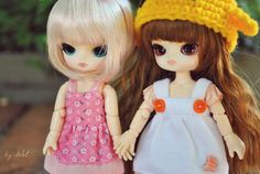 https://flic.kr/p/aZ6dWt | Tiny Friends | Pixie and Miyuki became friends really fast in the last meeting ^_^ They look so cute together! *-* After seeing Miyu in person I wanted a Little with a short hair like that!  I wish I could get a Little Rot-chan but no more dolls! xD  Miyuki belongs to Gabi! :)