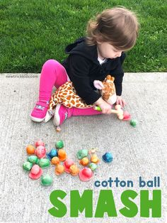 Fine Motor Play A fun way to encourage fine motor and handwriting skills in preschoolers Science Activities For Toddlers, Preschool Science, Motor Activities, Sensory Activities, Sensory Play, Preschool At Home, Toddler Preschool, Toddler Learning, Toddler Crafts
