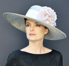 Some accessories that can complete costumes and hats are a great idea. Hats are an accessory throughout the year. Kate Middleton, Ascot Hats, Women's Hats, Cloche Hats, Custom Made Hats, Occasion Hats, Special Occasion, Sweet Lady, Kentucky Derby Hats