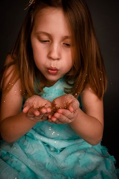 Glitter session  Glitter mini session  Little girl photograph