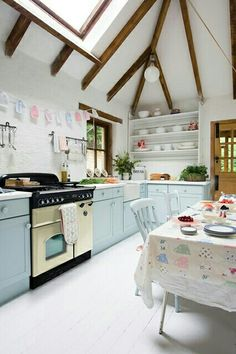 Very nice...the mint~ish colored cabinets are perfect