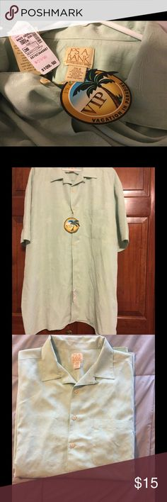 Jos.A.BANK  CASUAL SHIRT NWT Light Green Jos.A.BANK shirt perfect for your next vacation. Jos.A.BANK Shirts Casual Button Down Shirts