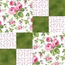 Bilderesultater for large floral focus block quilt Quilt Square Patterns, Beginner Quilt Patterns, Patchwork Quilt Patterns, Quilt Block Patterns, Pattern Blocks, Square Quilt, Quilt Blocks, Floral Quilts, Quilting Projects