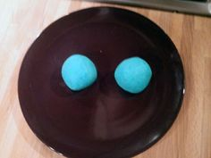 Very easy play-dough recipe! I want to try it so badly. There are also edible play-dough recipes. Yummm.