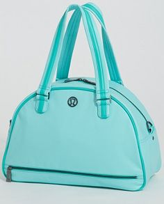 lulu lemon gym bag. I want this, but think it's discontinued. Sad face.