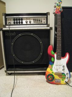 Bass Amps, Native American Photos, Bass Guitars, Guitar Amp, Instruments, Music, Vintage, Musica, Musik