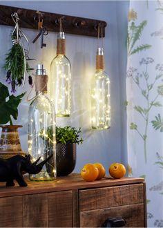 "LED Dekoration ""Weinflasche"", bpc living - Home Diy Decoration Diy Christmas Decorations Easy, Christmas Diy, Diy Wood Wall, Led, Mason Jar Lamp, Diy For Teens, Rustic Decor, Farmhouse Decor, Diy Home Decor"