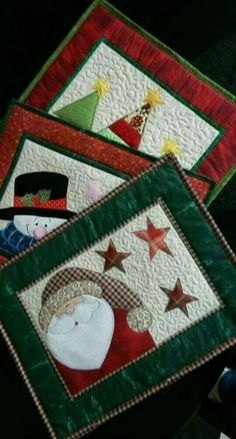 57 Trendy Sewing Christmas Placemats Mug Rugs - Patchwork Christmas Mug Rugs, Christmas Patchwork, Christmas Placemats, Christmas Applique, Primitive Christmas, Christmas Table Runners, Modern Christmas, Scandinavian Christmas, Christmas Christmas