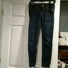 American Eagle jegging Size 2 American Eagle jegging. Like new, only worn handful of times. American Eagle Outfitters Jeans Skinny