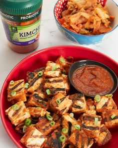 BBQ, grilled tofu, and kimchi. The trifecta of summer right on your plate! Tofu Recipes, Asian Recipes, Yummy Recipes, Vegetarian Recipes, Yummy Food, Healthy Recipes, Ethnic Recipes, Bbq Tofu, Healthy Food